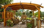 Загородный дом: выбираем дачную мебель