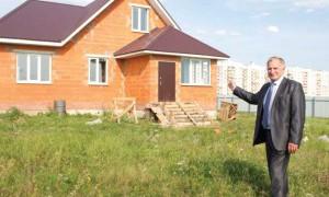 Коттеджный поселок «Павловская слобода» — это экологически чистый район рядом с Новочебоксарском, великолепная транспортная доступность, городские условия жизни… Подробнее об условиях покупки земельных участков. Офис продаж: Коттеджный поселок «Павловская слобода», ул.  Кучерова, 2, тел. 8(967) 470-43-53, 8(906) 132-87-33